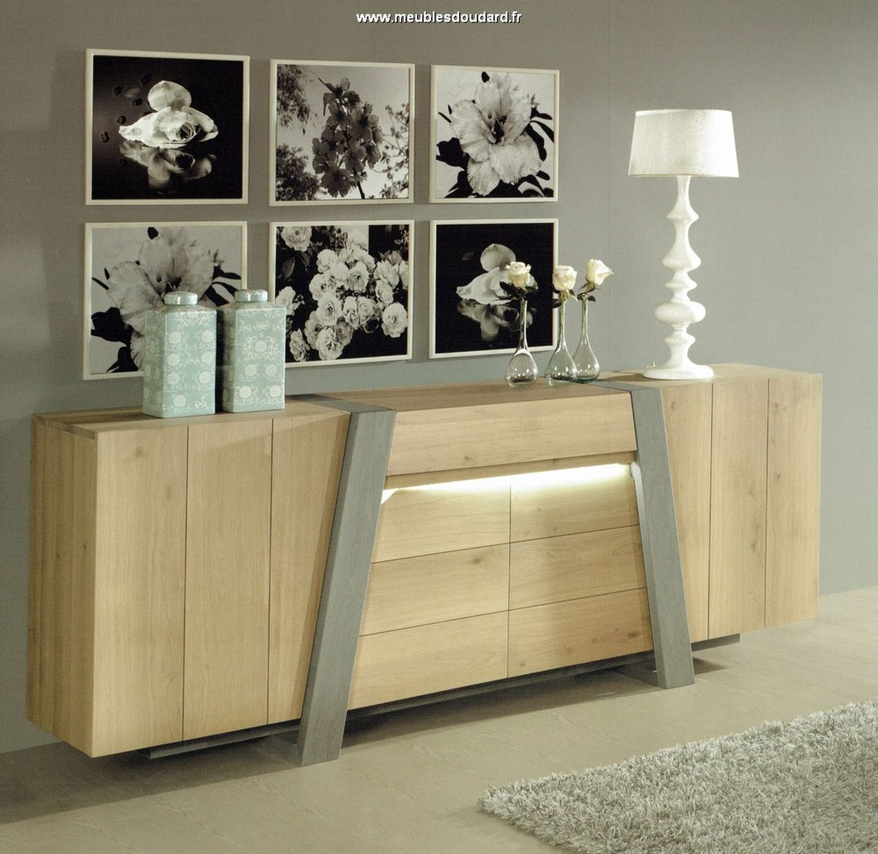 meubles modernes bahut contemporain en bois massif salle. Black Bedroom Furniture Sets. Home Design Ideas