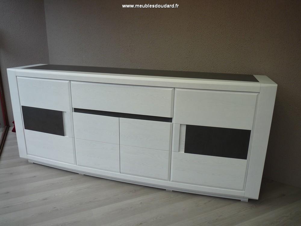 bahut moderne en bois buffet bas contemporain ch ne et. Black Bedroom Furniture Sets. Home Design Ideas