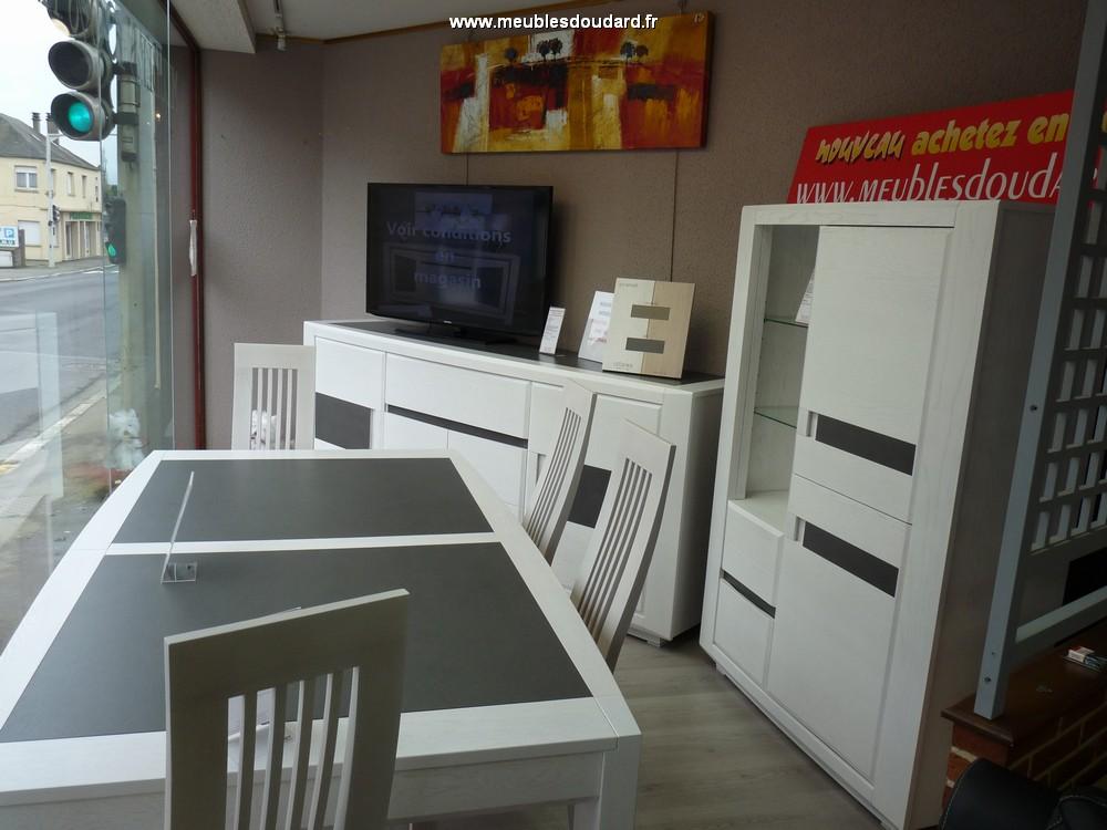 Bahut moderne en bois buffet bas contemporain ch ne et for Meuble salle manger moderne