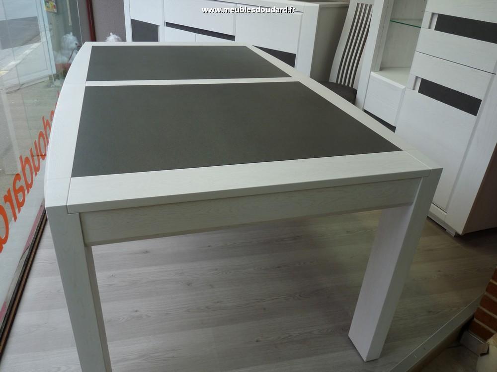 table rectangulaire moderne table dessus c ramique table en bois et c ramique. Black Bedroom Furniture Sets. Home Design Ideas