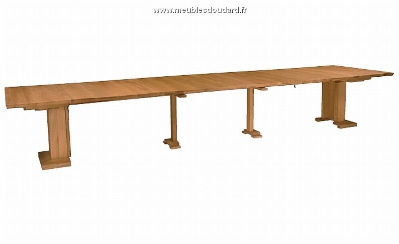 Table contemporaine carr e en ch ne ref nepal for Table carree contemporaine