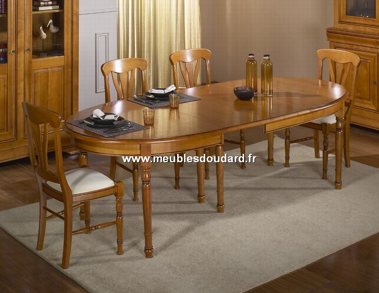 table ovale de salle manger merisier louis philippe r f passion. Black Bedroom Furniture Sets. Home Design Ideas