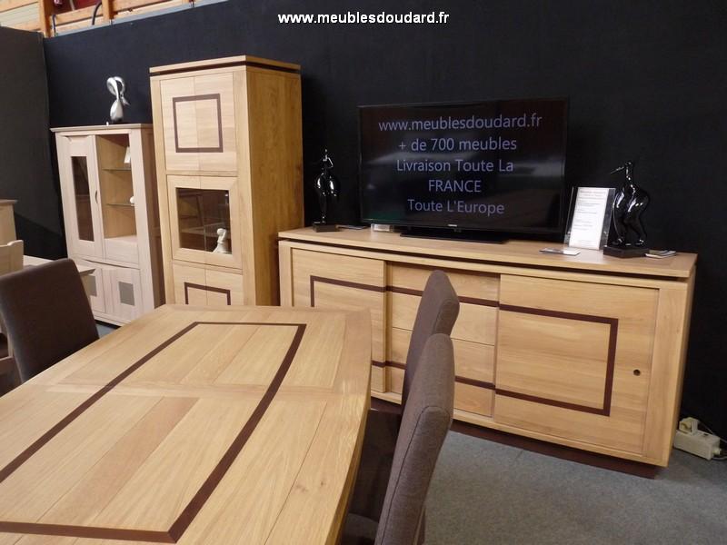 buffet bas en ch ne massif style contemporain. Black Bedroom Furniture Sets. Home Design Ideas