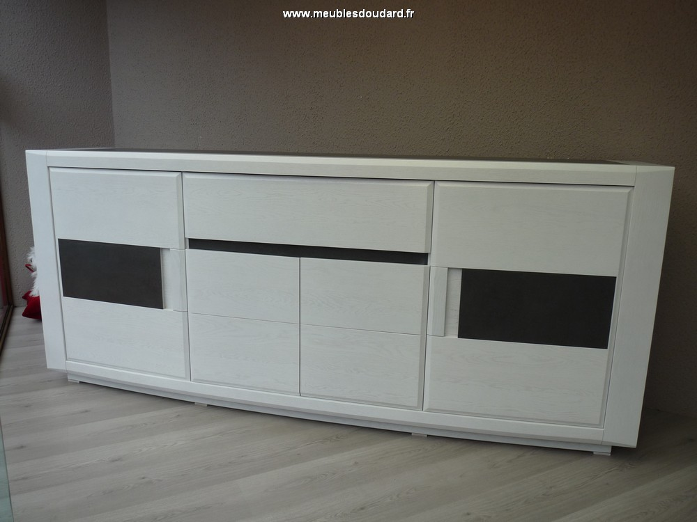 Bahut moderne en bois buffet bas contemporain ch ne et for Meuble 4 portes