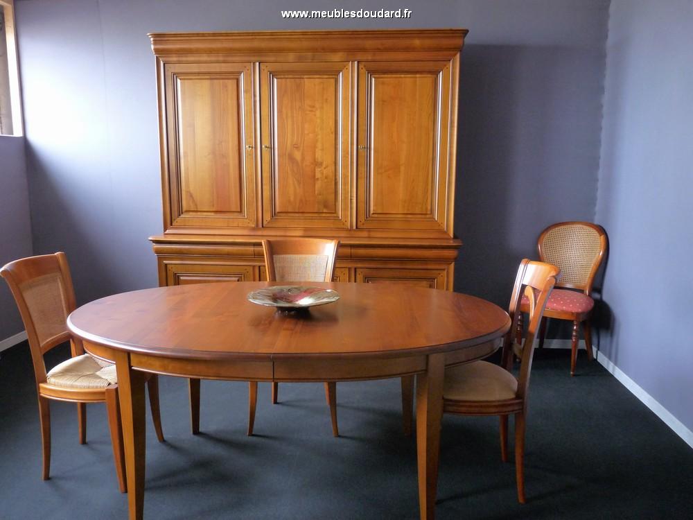 s jour en merisier de style louis philippe buffet et table ovale merisier massif. Black Bedroom Furniture Sets. Home Design Ideas