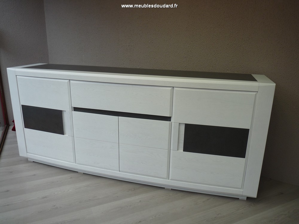 Bahut moderne en bois buffet bas contemporain ch ne et for Meuble bas contemporain