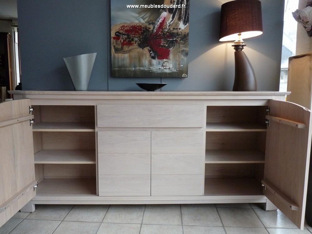 buffet bas moderne en bois bahut en ch ne bali meuble de salle manger moderne bali buffet bali. Black Bedroom Furniture Sets. Home Design Ideas