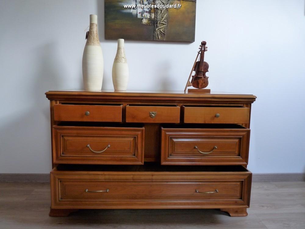 commode louis philippe en merisier massif. Black Bedroom Furniture Sets. Home Design Ideas