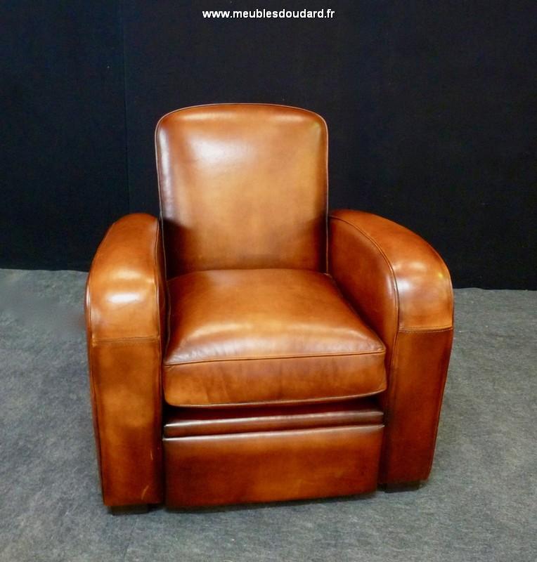 fauteuil club lectrique en cuir basane. Black Bedroom Furniture Sets. Home Design Ideas