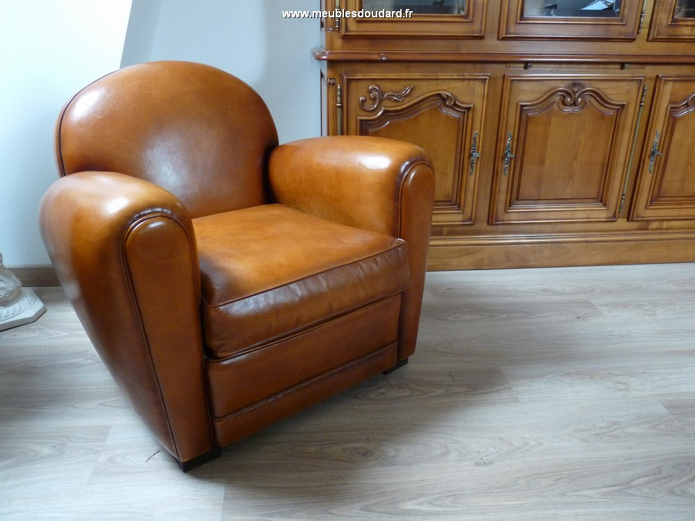 v ritable fauteuil club de fabrication haut de gamme garnissage traditionnel fa on tapissier. Black Bedroom Furniture Sets. Home Design Ideas