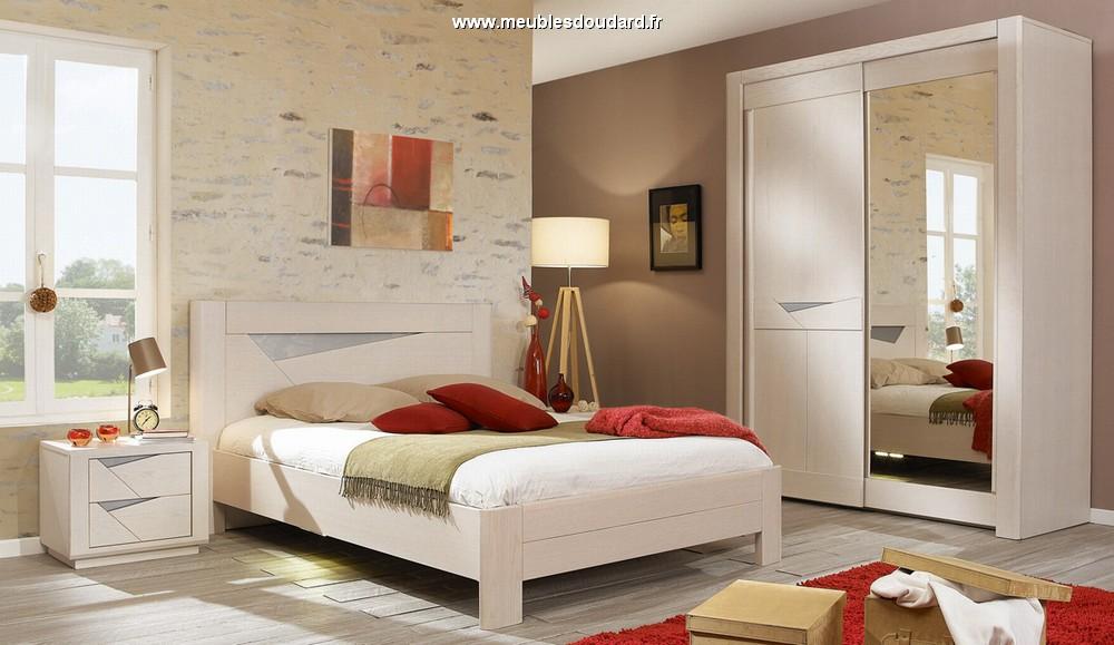 Bois de lit moderne en bois massif - Chambre a coucher chene massif moderne ...
