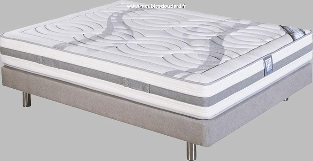 literie sommier lattes avec matelas m moire de forme. Black Bedroom Furniture Sets. Home Design Ideas