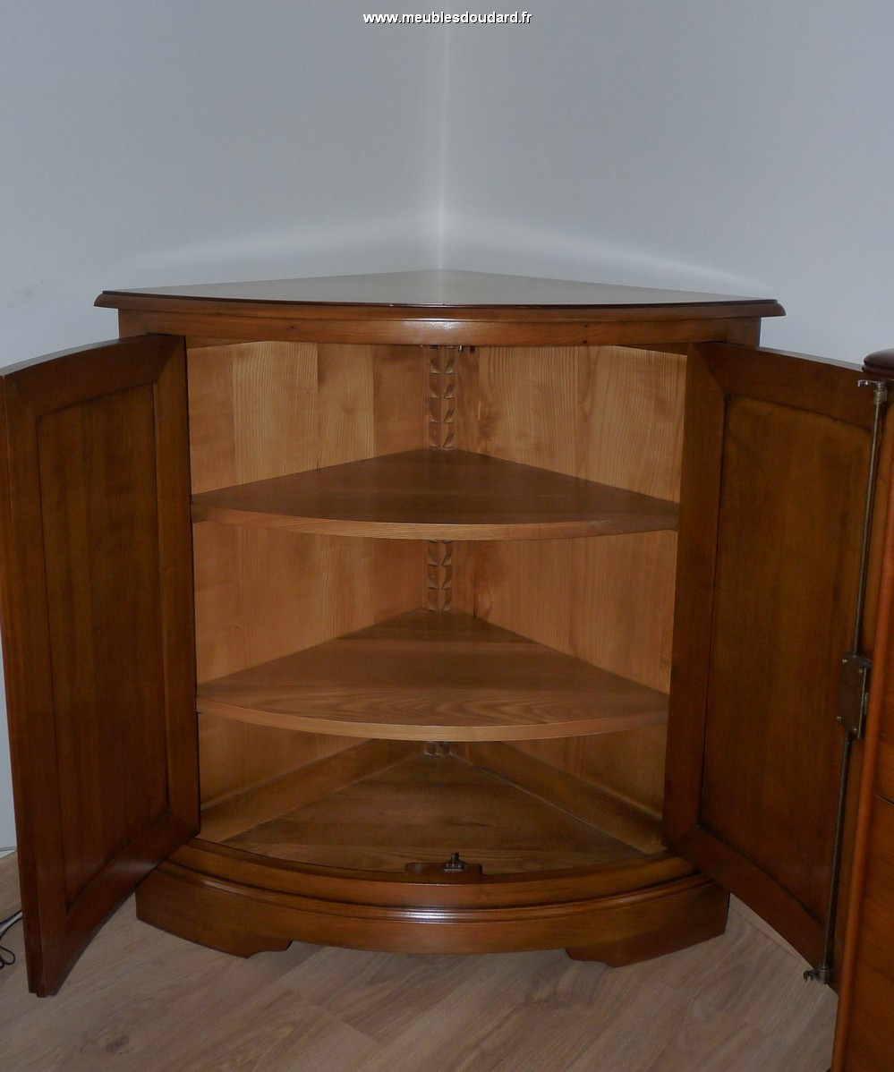 meuble d 39 angle louis philippe en merisier r f r 580. Black Bedroom Furniture Sets. Home Design Ideas