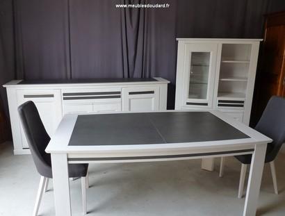 Table en bois table a manger table de salle a manger for Meuble de salle a manger moderne
