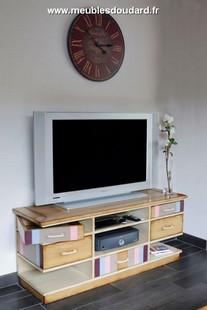 meubles de tv meuble de tv design meuble t l en bois page 2. Black Bedroom Furniture Sets. Home Design Ideas