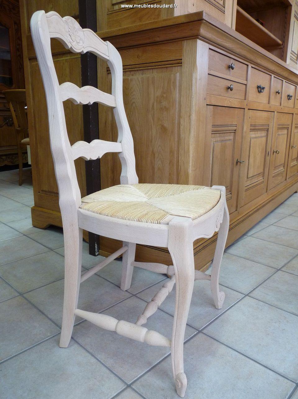 Peindre une chaise en bois et paille - Recouvrir une chaise en paille ...