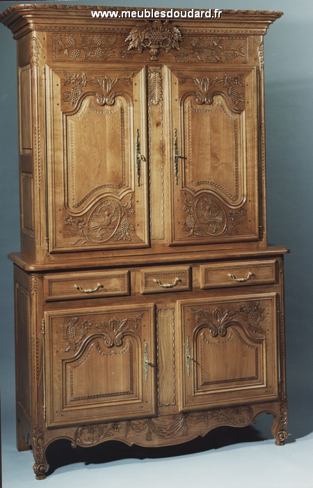 buffet normand ancien awesome ancien buffet deux corps louis xiii en noyer me with buffet. Black Bedroom Furniture Sets. Home Design Ideas