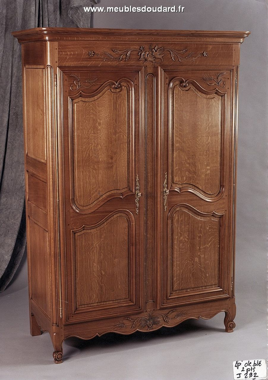 armoire normande 3 portes. Black Bedroom Furniture Sets. Home Design Ideas