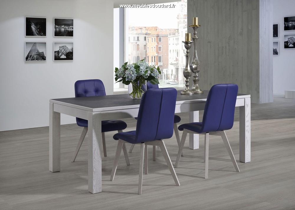 Table moderne plateau c ramique table de salle manger for Table salle a manger plateau ceramique