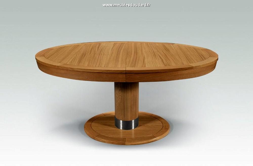 table moderne en bois massif table ovale contemporaine en ch ne massif table ovale en bois massif. Black Bedroom Furniture Sets. Home Design Ideas