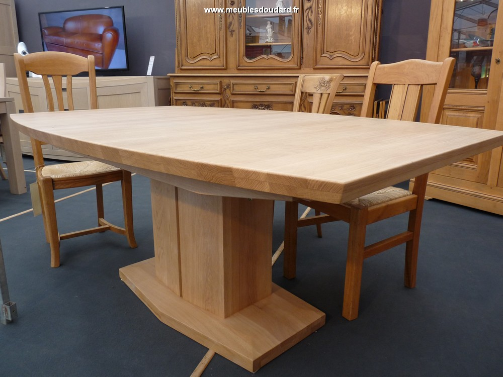 grande table contemporaine oblongue en chne massif ref nepal - Table Contemporaine