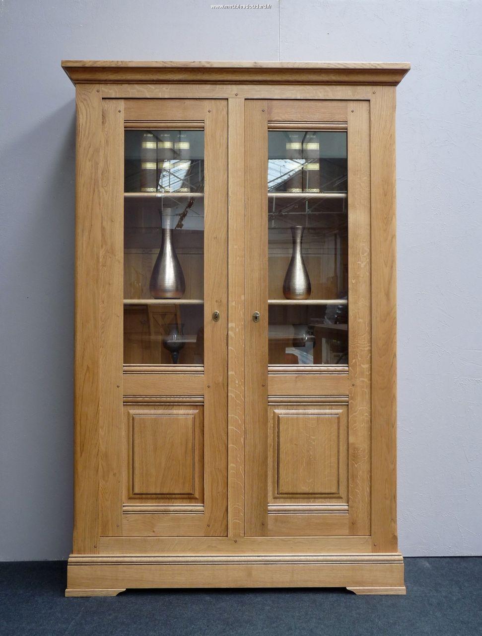 vitrine 2 portes en ch ne. Black Bedroom Furniture Sets. Home Design Ideas
