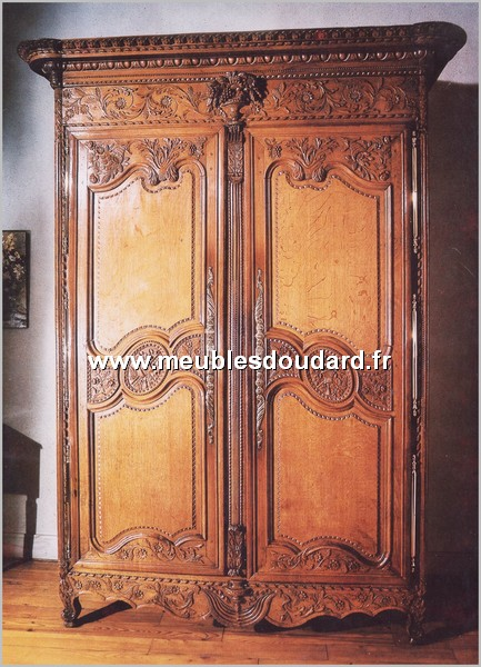 armoire normande ref vire en ch ne. Black Bedroom Furniture Sets. Home Design Ideas
