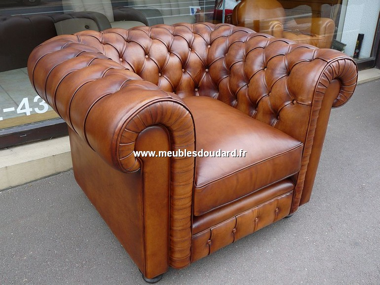 fauteuil chesterfield en cuir v ritable. Black Bedroom Furniture Sets. Home Design Ideas