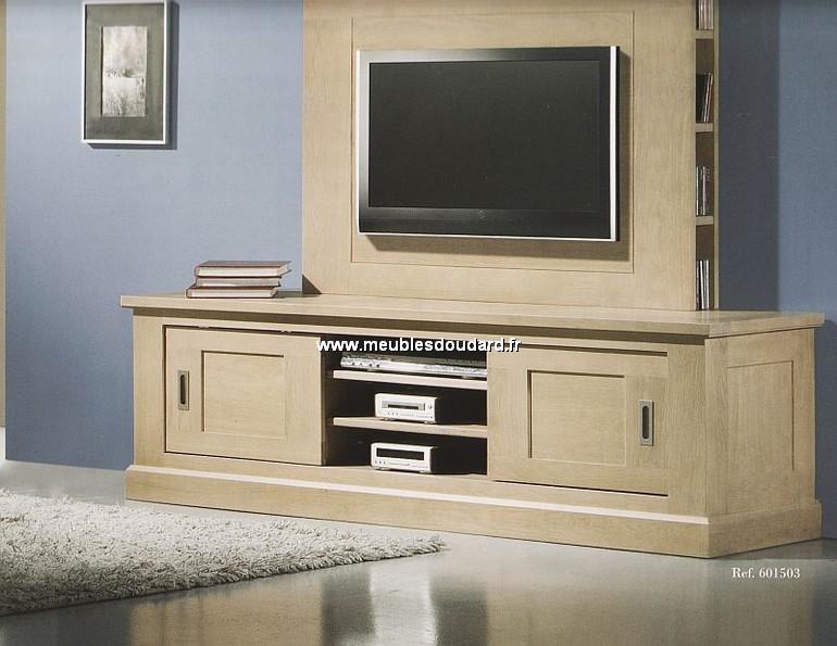 MEUBLE TV ch u00eane massif Meuble télévision en bois moderne Meuble TV en ch u00eane naturel # Meuble Tv Bois Naturel